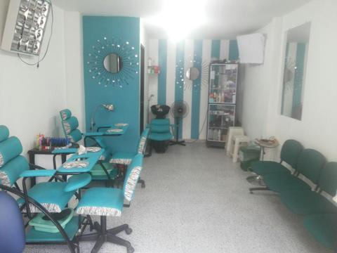 Spa de Uñas O Sala de Belleza :