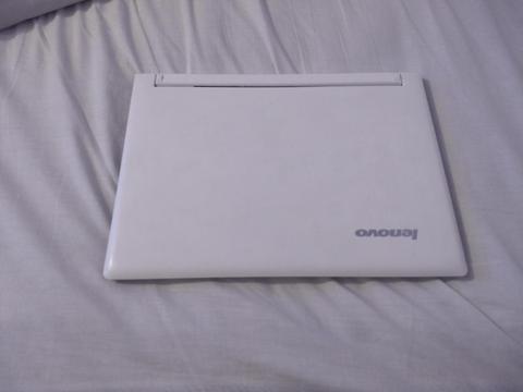 portatil lenovo ultrabook core 7 pantalla táctil 4 gb y una tera con tarjeta de video de 2gb
