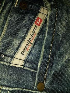 Pantalón Diesel