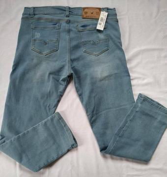 Jeans Hombre y dama de fabrica